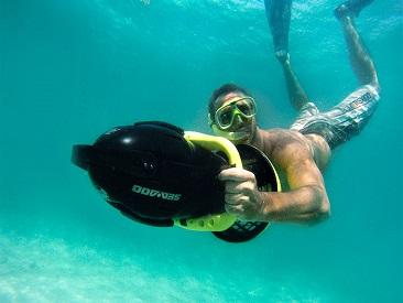 Reef Explorer (min age 18)