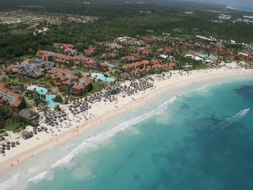 As Part Of The Expansive Punta Cana Princess Resort Complex And Featuring Access To Neighboring Caribe Club Facilities This Active Family Friendly