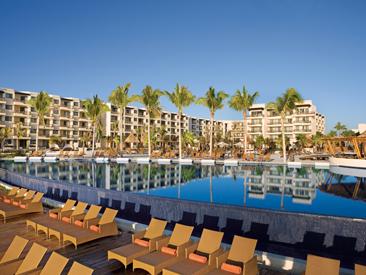 Rooms and Amenities at Dreams Riviera Cancun Resort & Spa, Puerto Morelos