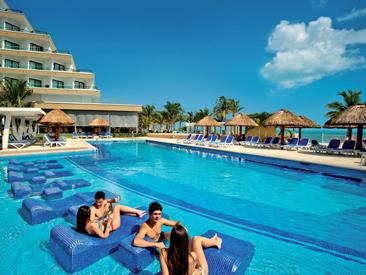 Riu Caribe, Cancun
