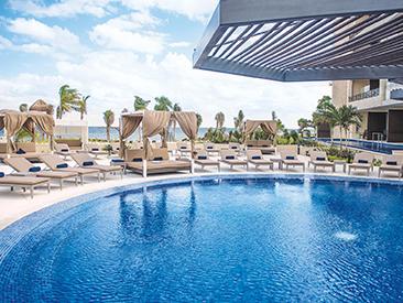 Hideaway at Royalton Riviera Cancun, Puerto Morelos