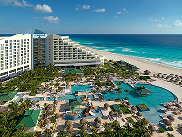 Bars and Restaurants at Coral Level at Iberostar Selection Cancun, Quintana Roo