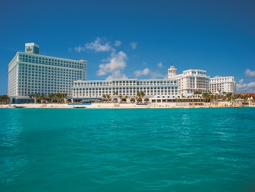 Rooms and Amenities at Riu Cancun, Cancun