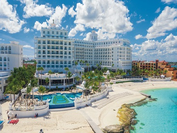 Activities and Recreations at Riu Palace Las Americas, Cancun