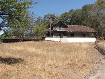 Santa Rosa National Park Hike & Liberia City Tour (min age 7)