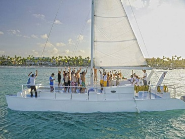 TOP 10 - Sailing Cruises Happy Hour (min age 18)