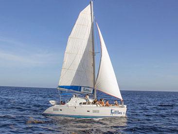 Isla Mujeres Luxury Sailing (min age 4)