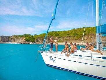 Luxury Sailing (min age 10)