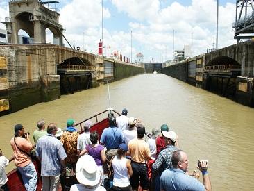 TOP 3 - Panama Canal Partial Transit (from Bijao/Playa Blanca hotels)