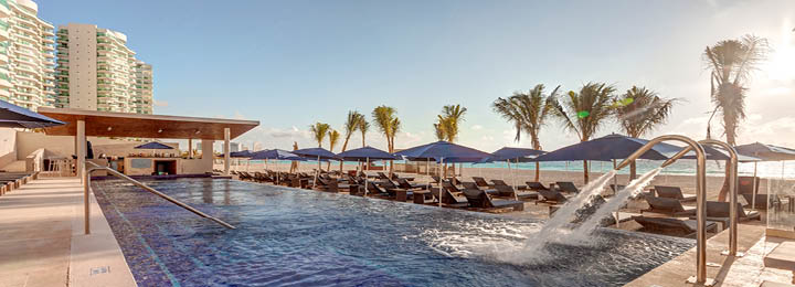 Royalton Suites Cancun Resort & Spa.