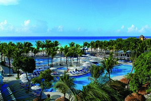 Bars and Restaurants at Riu Yucatan, Playa del Carmen