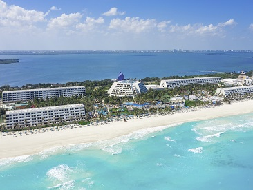 Rooms and Amenities at Grand Oasis Cancun, Cancun