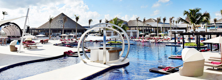 Royalton CHIC Punta Cana Resort & Spa [Formerly CHIC Punta Cana]