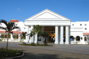 Bars and Restaurants at Grand Bahia Principe, Runaway Bay